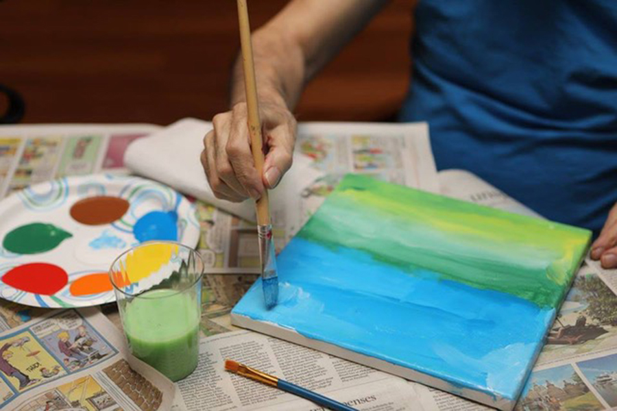 A student painting